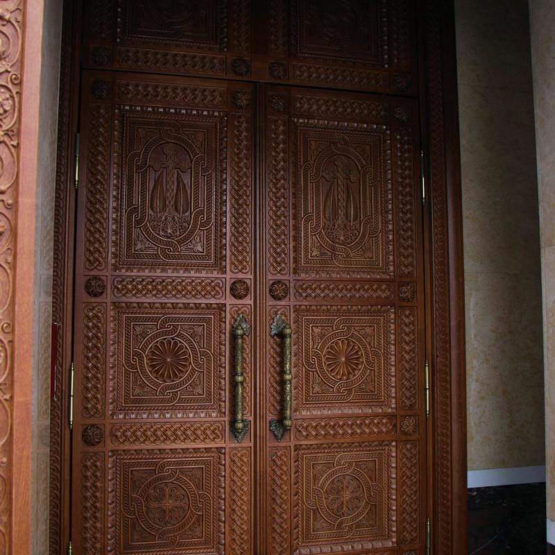 Двери в притвор