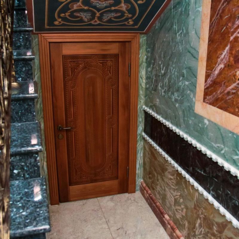 Дверь в техпомещение